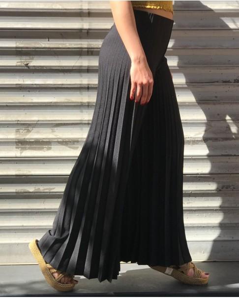 Siyah Piseli Pantolon