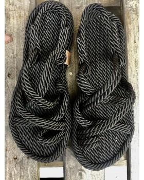 Siyah Halat Sandalet