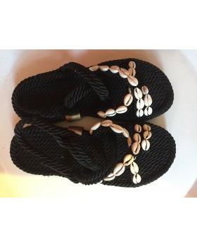 Siyah Deniz Kabuklu Sandalet