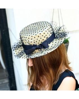 Transparan Puantiyeli Şapka