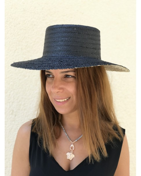 Siyah Hasır Şapka