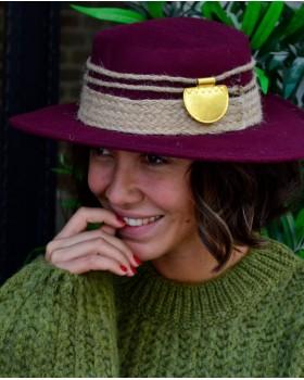 Gold Aksesuarlı Matador Şapka