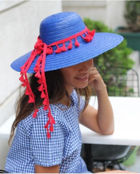 Kırmızı Püsküllü Mavi Şapka